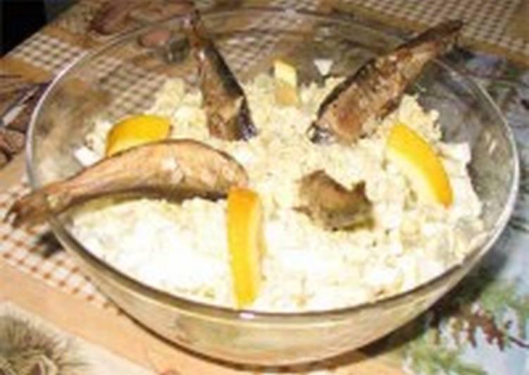 Салат яичный с рыбой