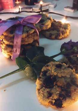 Овсяное печенье с клюквой и шоколадной крошкой