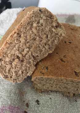 Ржано-пшеничный хлеб с льняными семечками в духовке