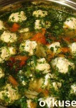 У кого-то наверняка есть в запасе фарш индюшки =) готовим Суп «Витаминка»