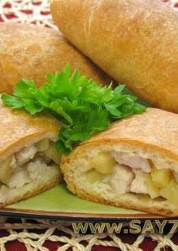 Слоеные пирожки с курицей и картофелем