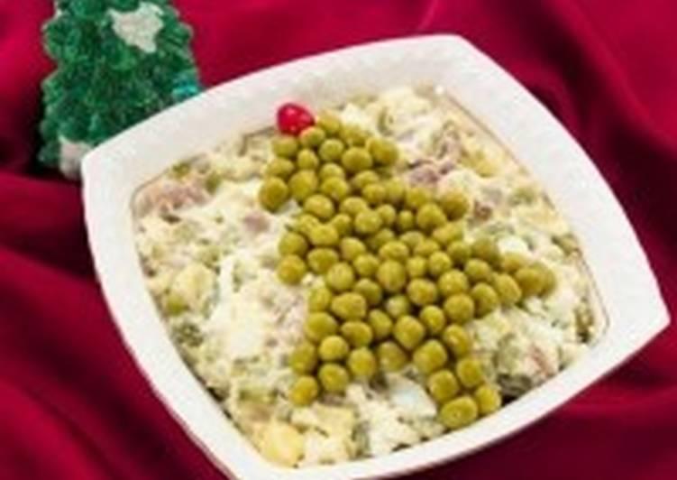 Оливье с мясом «Новогодняя ель»