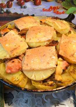 Свиные отбивные с гарниром и куриное филе под ананасами, в духовке! Очень вкусный обед