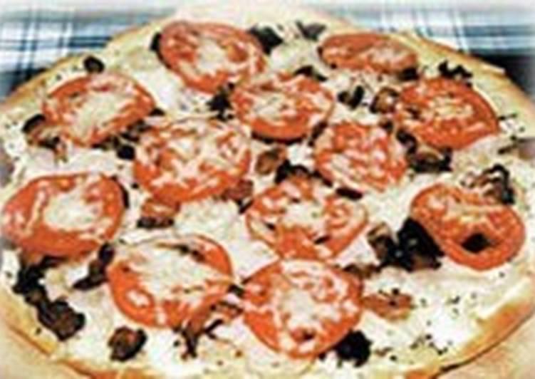 Турецкая пицца с курицей и беконом