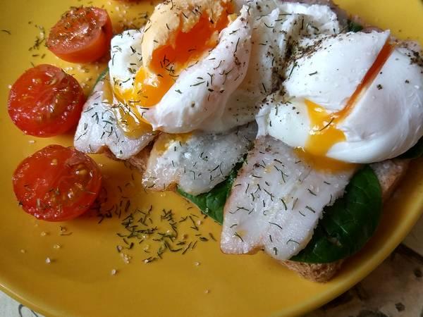 Тост с яйцом-пашот