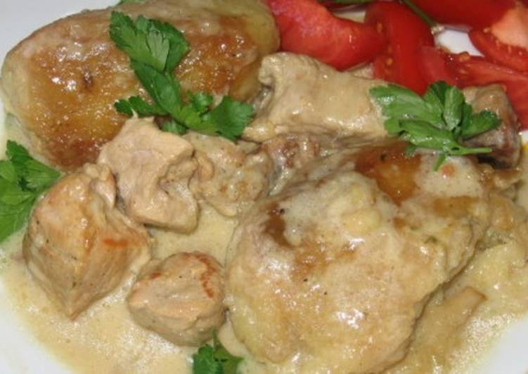 Жаркое из свинины в горшочках «Полесье» по-украински