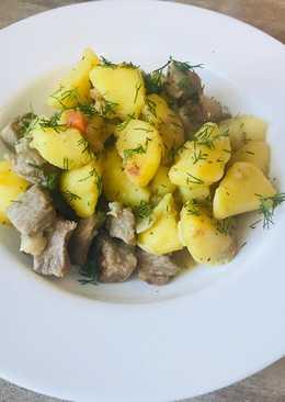 Жаркое из молодого картофеля и свинины