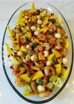 Салат с креветками по-галиссийски от шефа Алонсо