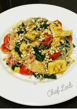 Фунчеза с тофу-гриль, шпинатом и ростками зеленой гречи
