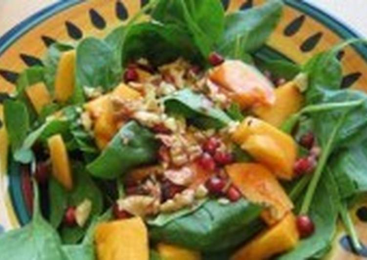 Салат легкий с хурмой и орешками