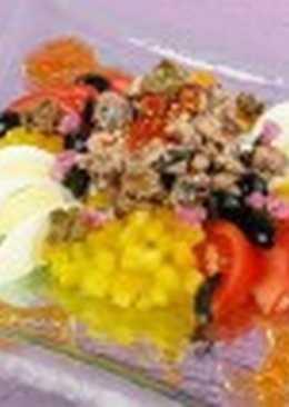 Салат с сайрой и каперсами