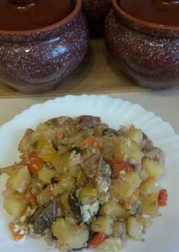 Горшочки с овощами и свининой в духовке