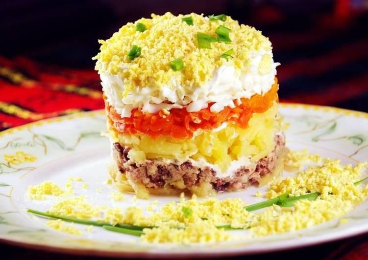 Как вкусно приготовить салат мимоза с рисом