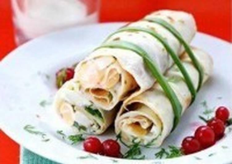 Блинчики с салатом и йогуртом «Весенние»
