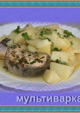 Лосось консервированный, отваренный с картофелем