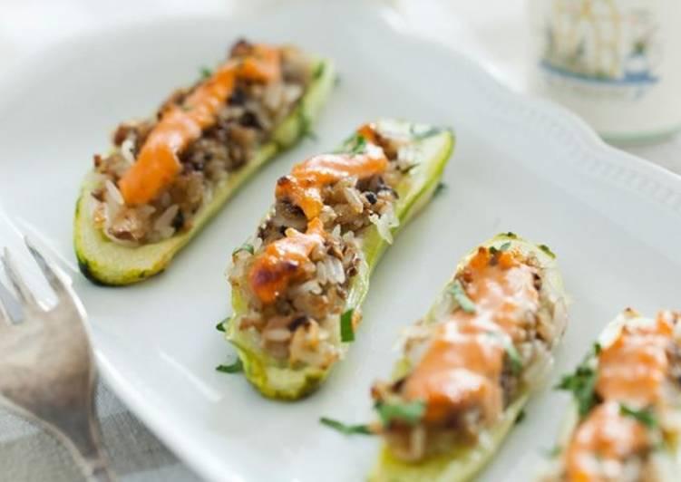 Огурцы, фаршированные салатом