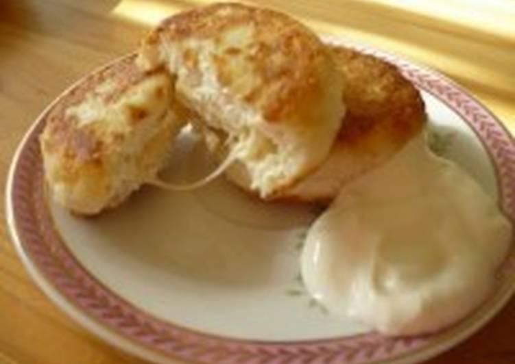 Сырники, фаршированные сыром