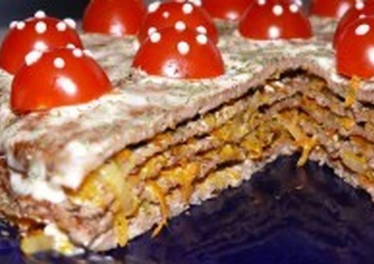 Праздничный нежный торт со свиной печенью