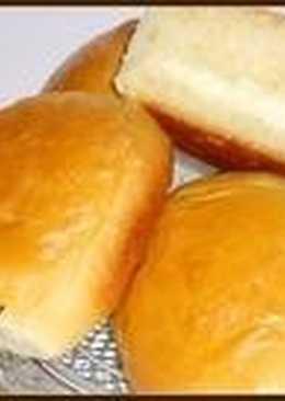 Сдобные булочки со сметанным кремом