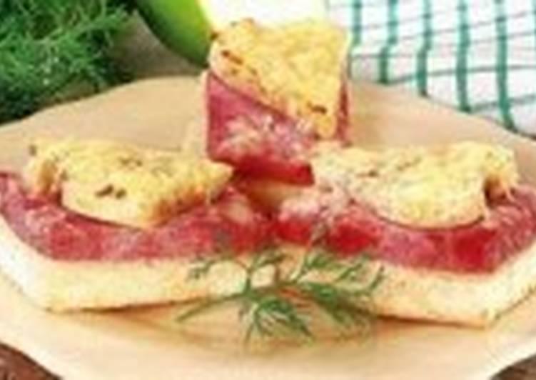 Горячие сандвичи с ветчиной