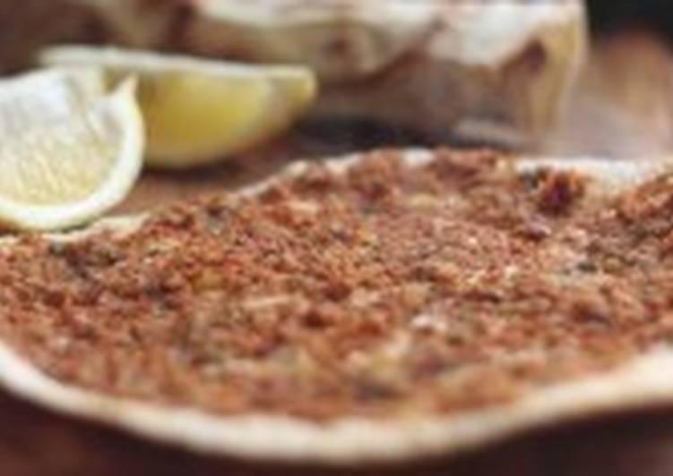 Лепешка с мясом по-турецки «Лахмаджун»