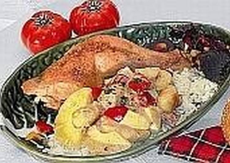 Куриные окорочка с рисом и бананами