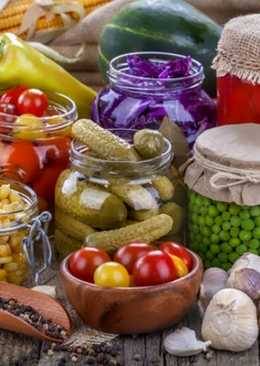 Овощи маринованные с кукурузой