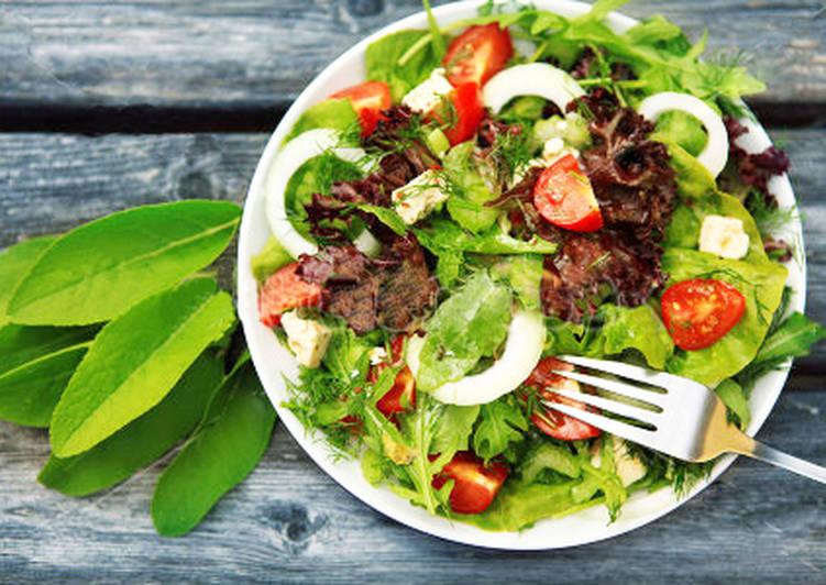 Вкусный Салат из кальмаров с сухариками