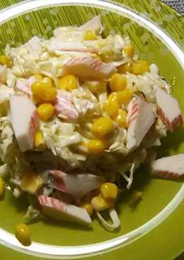 Постный салат с белокочанной капустой и крабовыми палочками,на каждый день