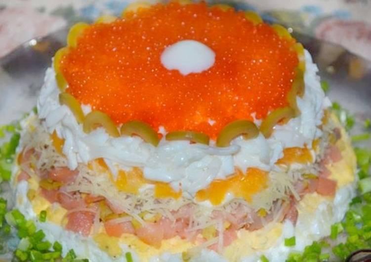 вкусный салат с красной икрой рецепт с фото
