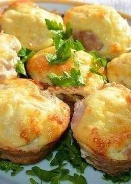 Мясные кексы с сырно-яичной начинкой