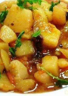 Тушеный картофель с овощами