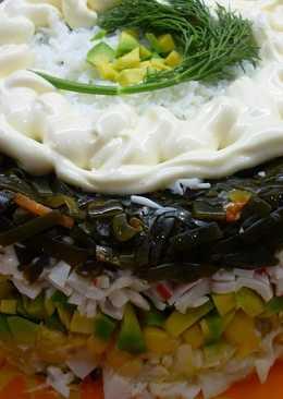 Салат из морской капусты и авокадо