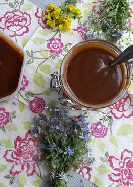 Сливочная карамель или карамельный соус. Очень вкусно!!! Легко и быстро
