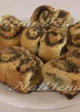 Дрожжевые булочки с корицей и маком