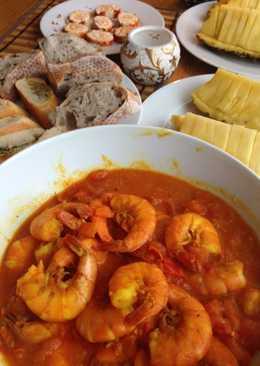 Тигровые креветки в томатно чесночном соусе