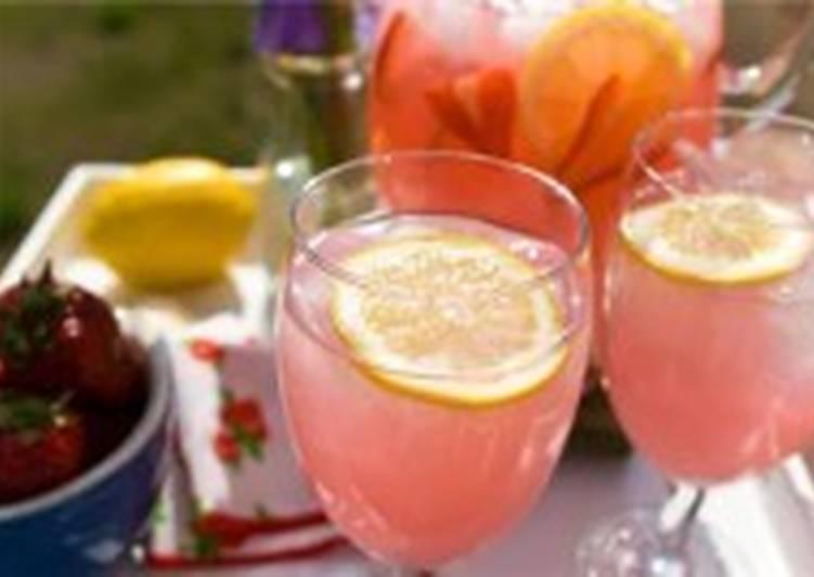 Клубничный лимонад домашний
