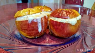 Запеченое яблоко