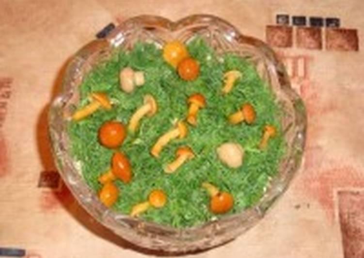 Салат из кольраби с шампиньонами