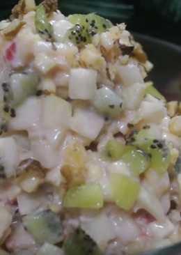 Фруктовый салат с йогуртом. Очень вкусно