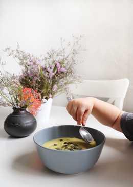 Очаровательный сырный супчик с цветной капустой и сельдереем