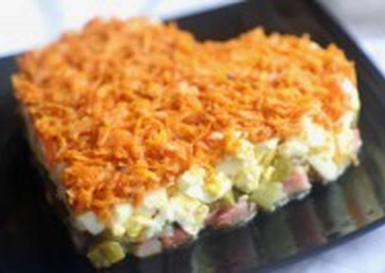 Салат для влюбленных с лососем и огурчиками