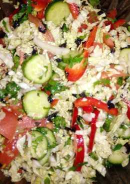 Салат витаминный с китайской капустой