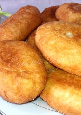 Пышные жареные пирожки на кефире + 3 начинки