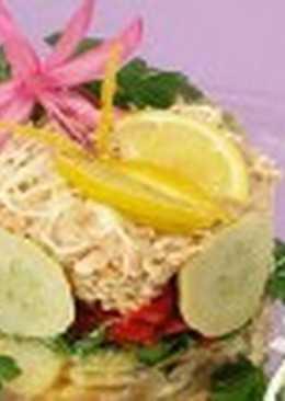 Салат-торт с лососем