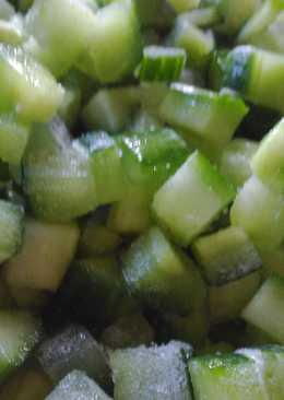 Как заморозить огурцы на зиму для окрошки