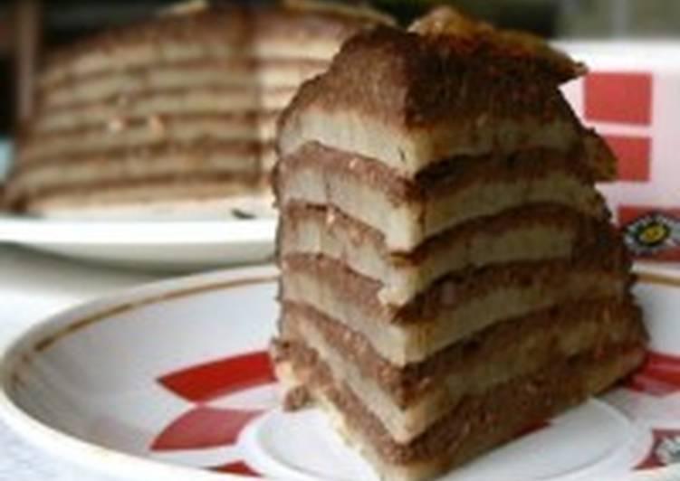 Блинный постный торт с миндалем и бананом