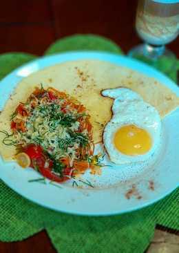 Яичница с овощами в кисло-сладком соусе #Пп завтрак#чемпионатмира#россия