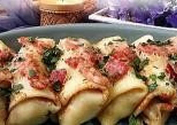 Блинчики, запеченные с ветчиной и сыром