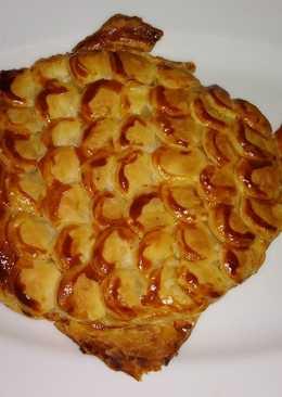 """Пирог """"Золотая рыбка"""" из слоеного теста"""